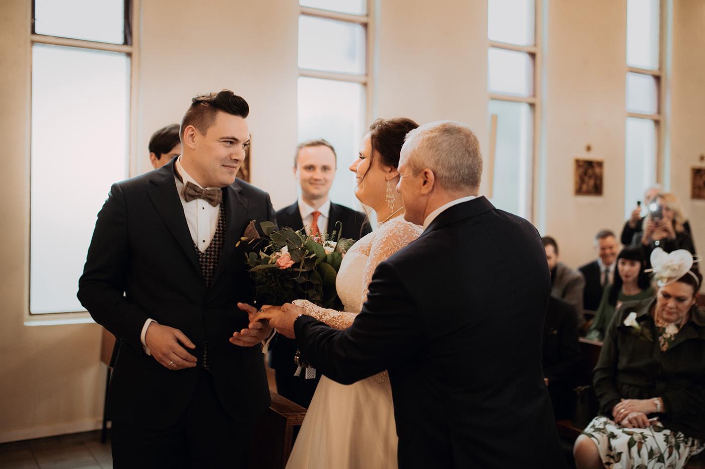 Ślub w Norwegii - reportaż ślubny Joanny i Adama 35