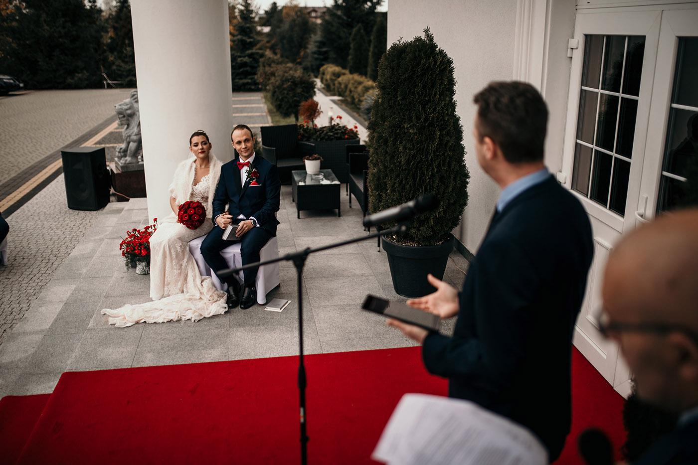Ślub w Rezydencji Victoria - historia Julii i Stiana 29