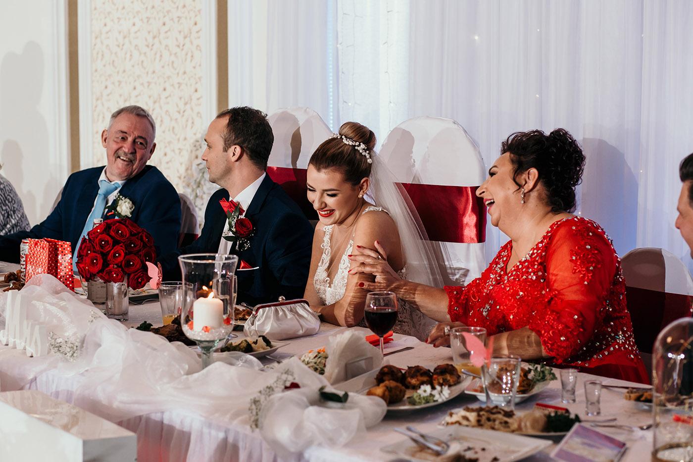 Ślub w Rezydencji Victoria - historia Julii i Stiana 48