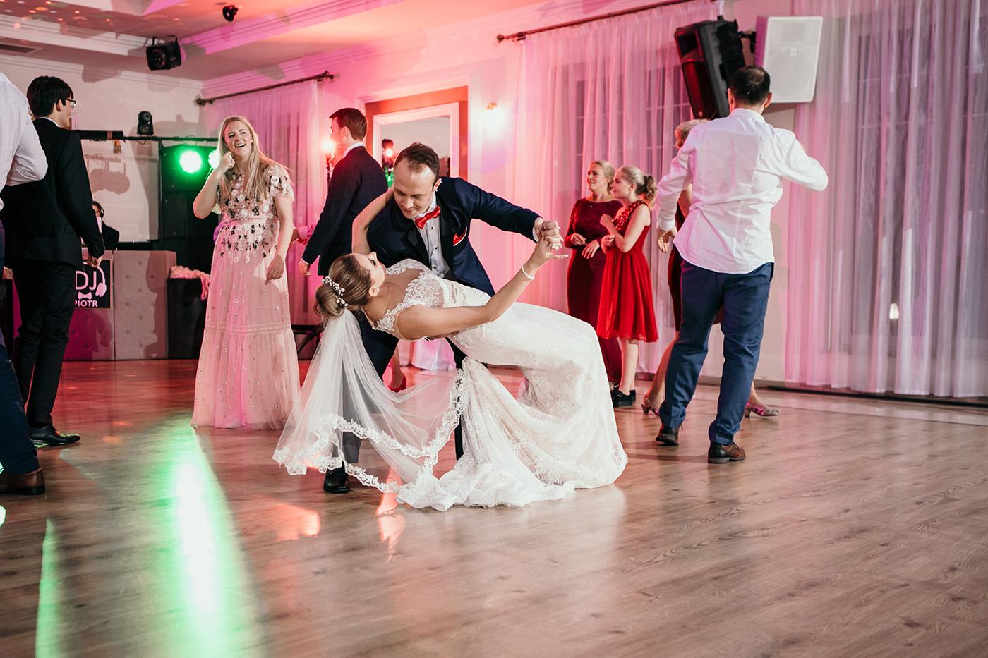 Ślub w Rezydencji Victoria - historia Julii i Stiana 65