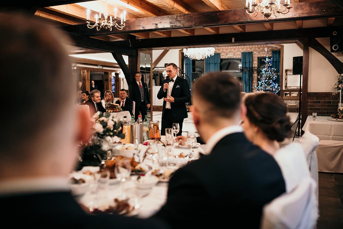 Ślub w Gościńcu Dla Przyjaciół - historia Asi i Konrada 104