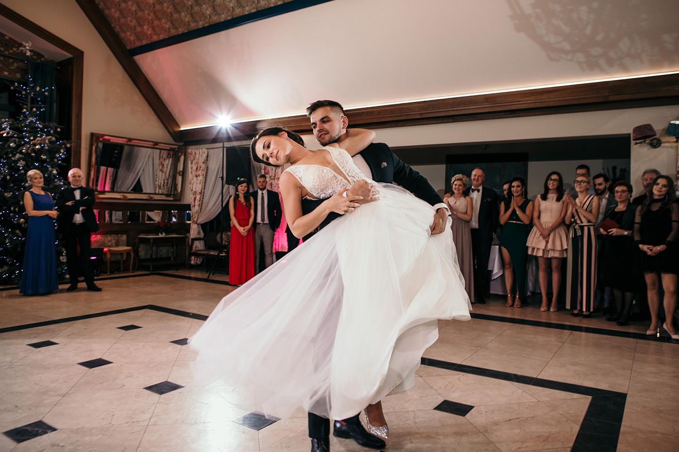 Ślub w Gościńcu Dla Przyjaciół - historia Asi i Konrada 105
