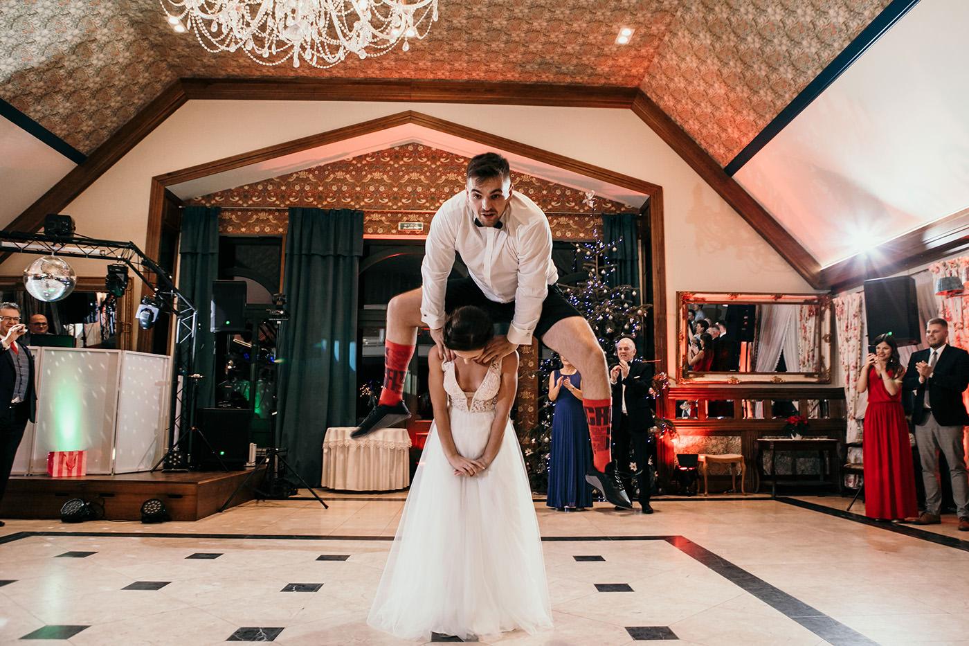 Ślub w Gościńcu Dla Przyjaciół - historia Asi i Konrada 109