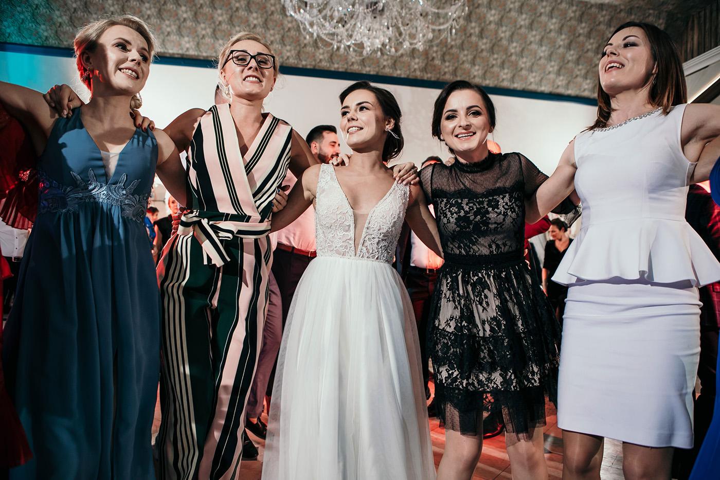 Ślub w Gościńcu Dla Przyjaciół - historia Asi i Konrada 111