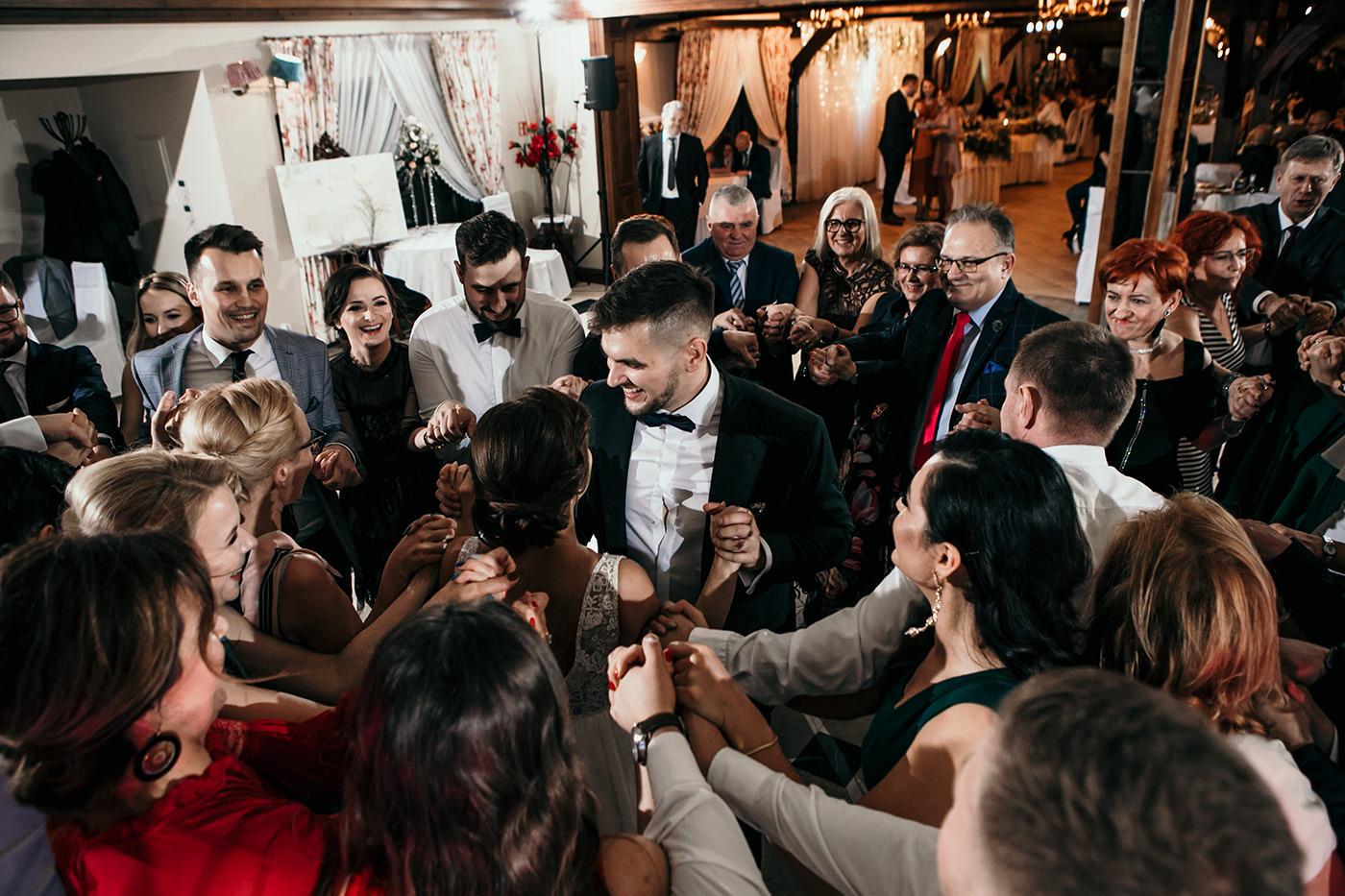 Ślub w Gościńcu Dla Przyjaciół - historia Asi i Konrada 112