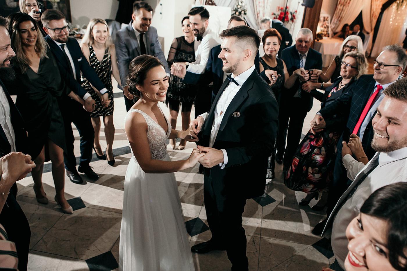 Ślub w Gościńcu Dla Przyjaciół - historia Asi i Konrada 110