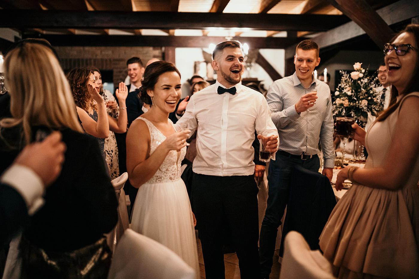 Ślub w Gościńcu Dla Przyjaciół - historia Asi i Konrada 120