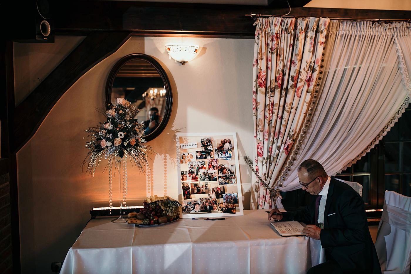 Ślub w Gościńcu Dla Przyjaciół - historia Asi i Konrada 131