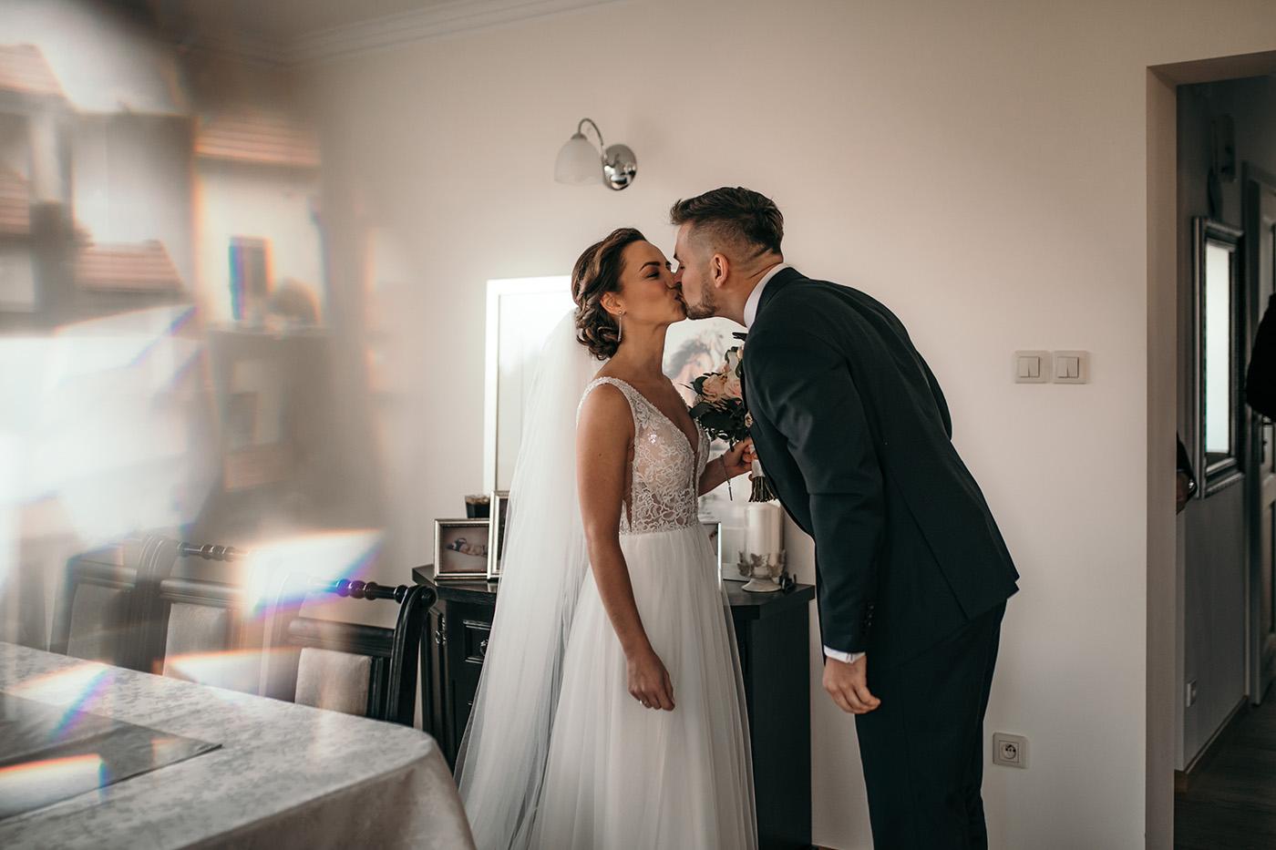 Ślub w Gościńcu Dla Przyjaciół - historia Asi i Konrada 55