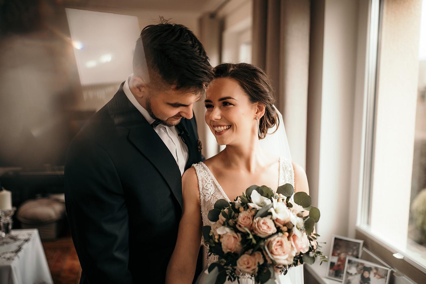 Ślub w Gościńcu Dla Przyjaciół - historia Asi i Konrada 56