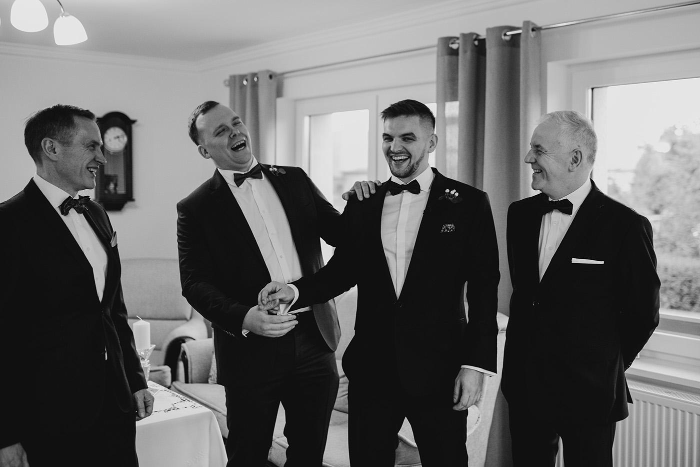 Ślub w Gościńcu Dla Przyjaciół - historia Asi i Konrada 58