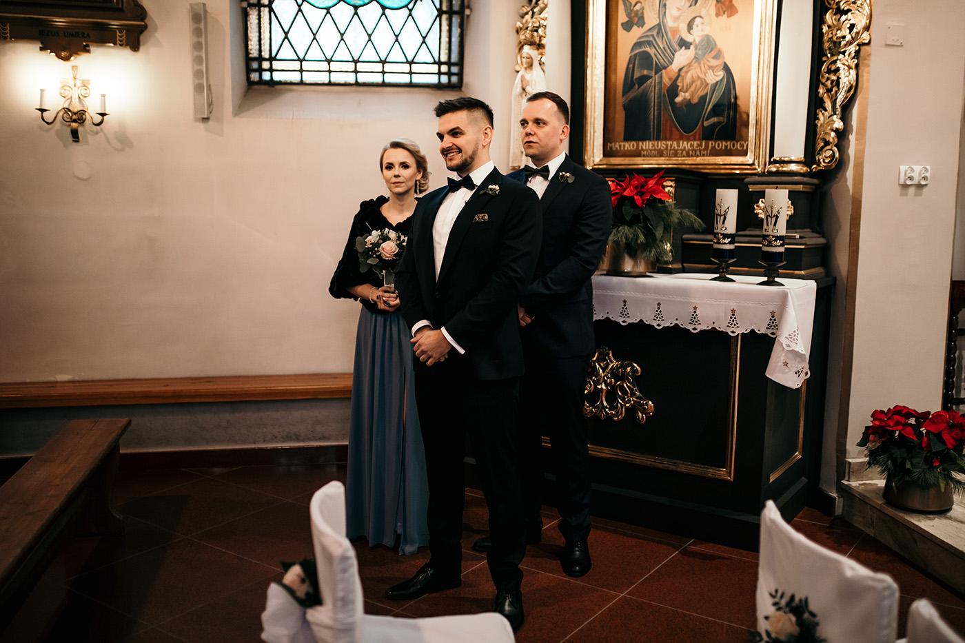 Ślub w Gościńcu Dla Przyjaciół - historia Asi i Konrada 64