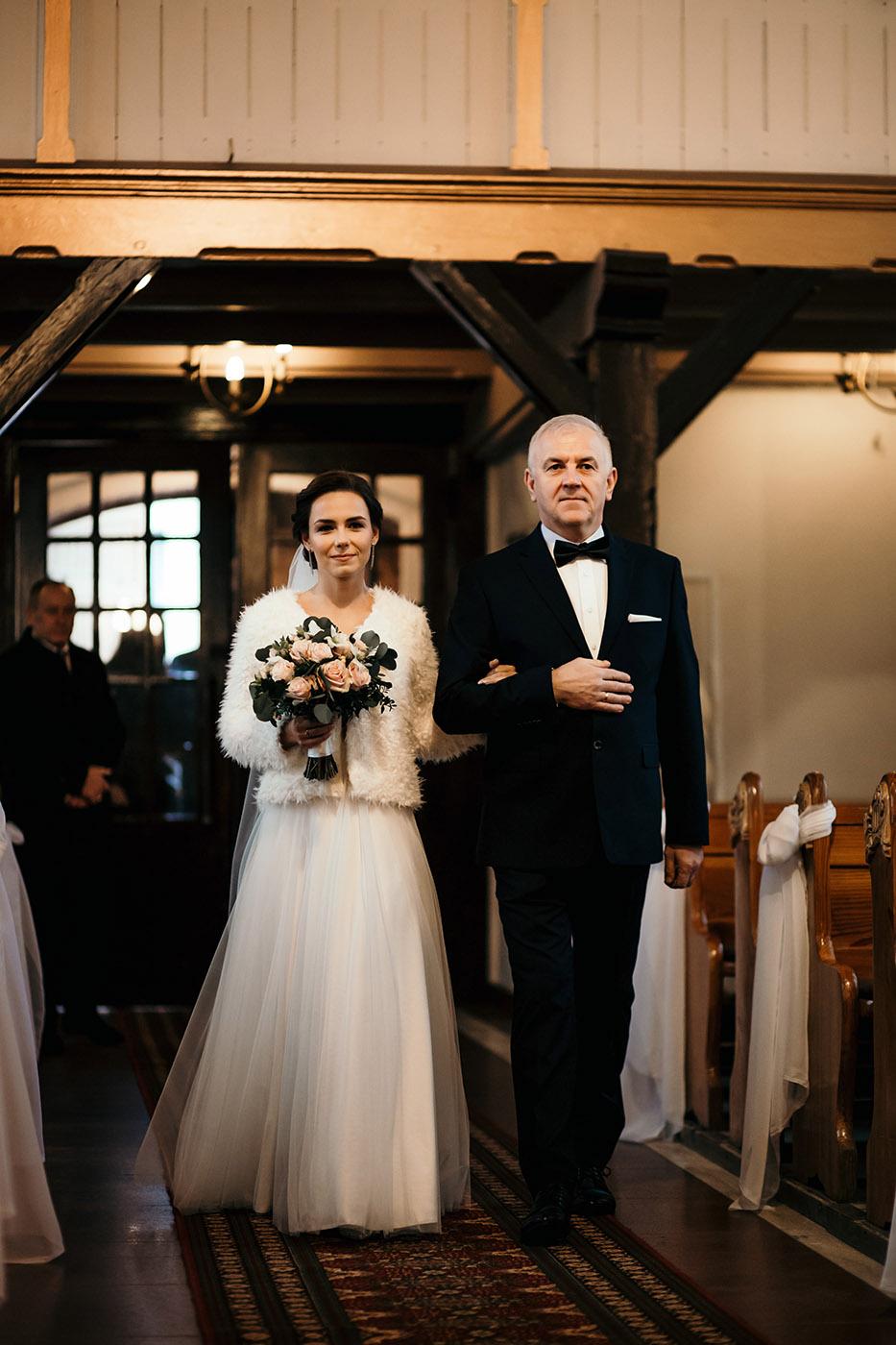Ślub w Gościńcu Dla Przyjaciół - historia Asi i Konrada 65