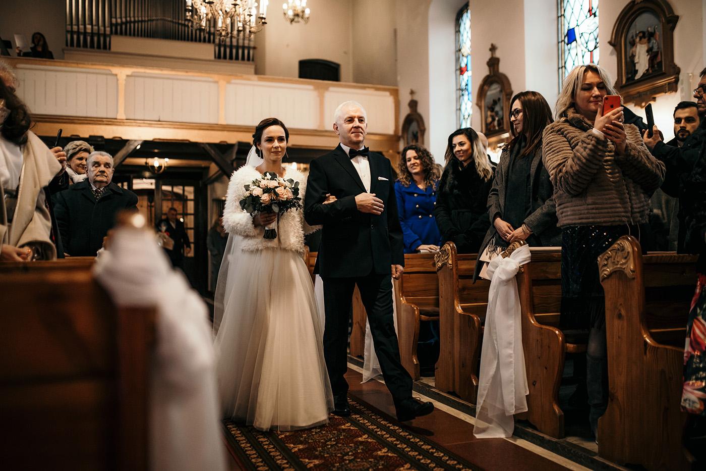 Ślub w Gościńcu Dla Przyjaciół - historia Asi i Konrada 66