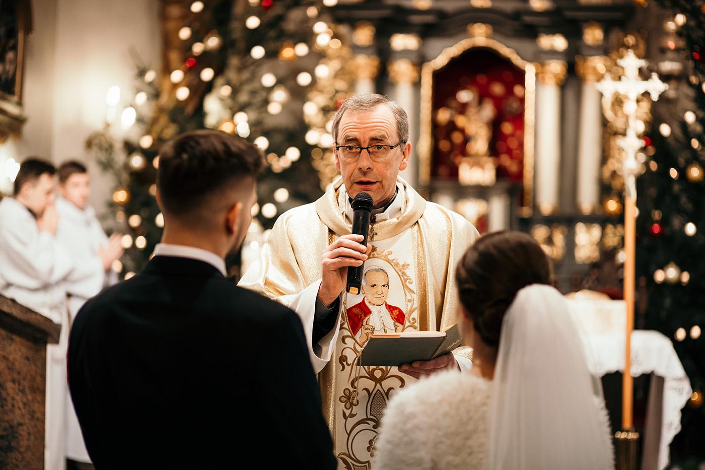 Ślub w Gościńcu Dla Przyjaciół - historia Asi i Konrada 71