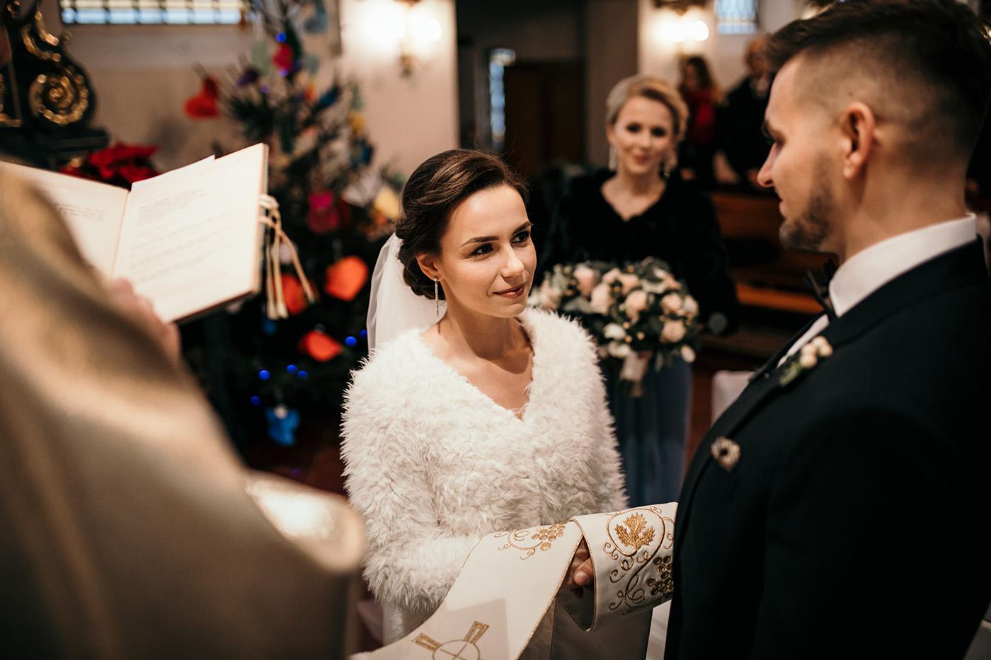 Ślub w Gościńcu Dla Przyjaciół - historia Asi i Konrada 79