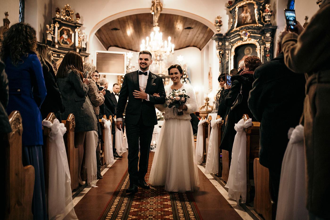 Ślub w Gościńcu Dla Przyjaciół - historia Asi i Konrada 92