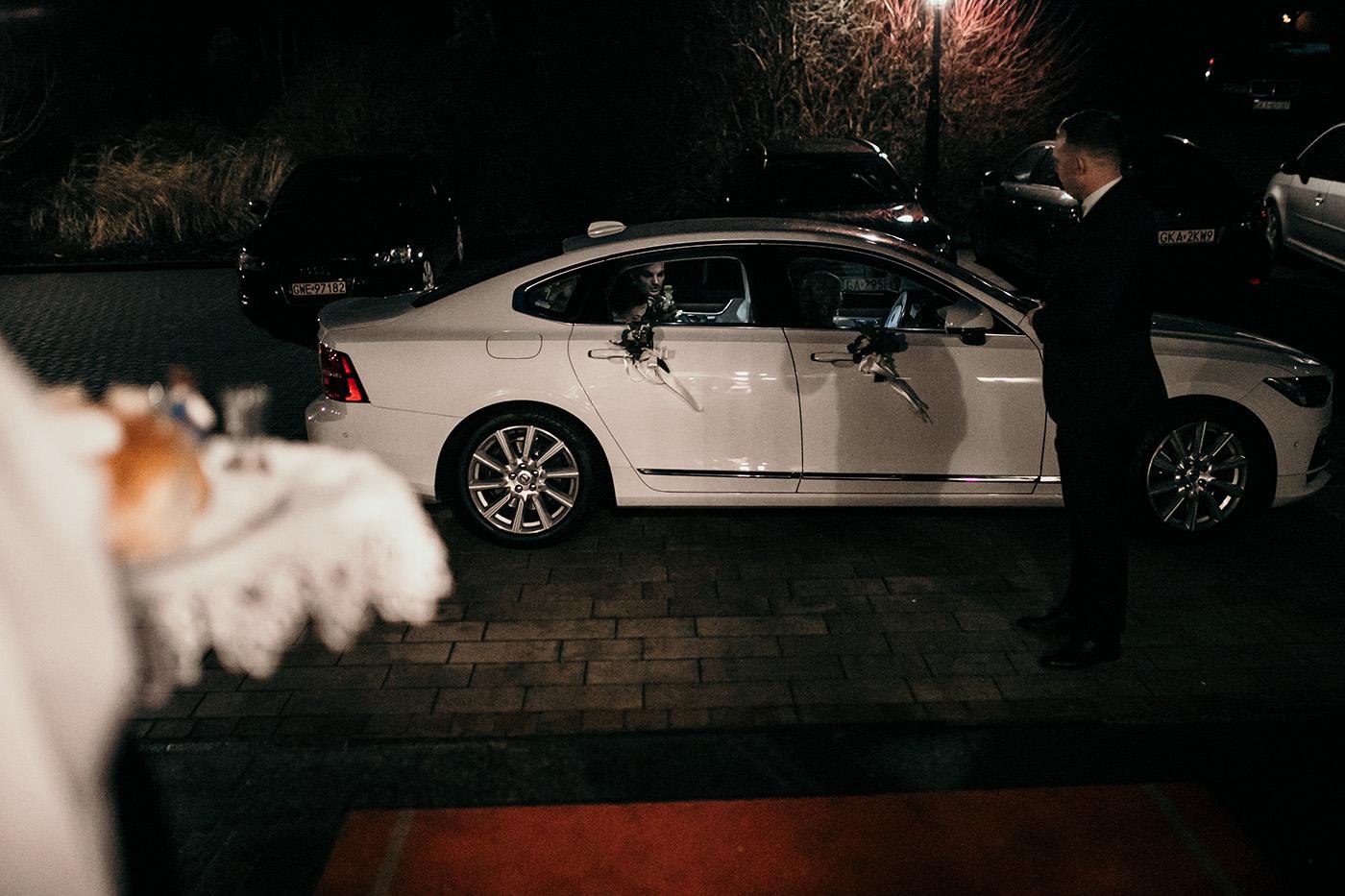 Ślub w Gościńcu Dla Przyjaciół - historia Asi i Konrada 97